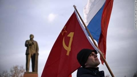 Ε.Ε.: Παράνομο το δημοψήφισμα στην Κριμαία