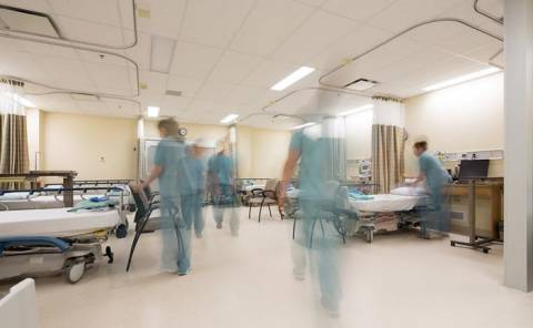 Η προκήρυξη για την πρόσληψη 98 γιατρών σε Μονάδες Εντατικής