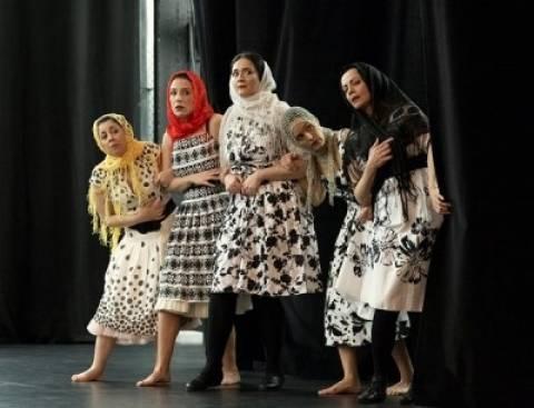 «Καβγάδες στην Κιότζα» του Κάρλο Γκολντόνι στο Δημοτικό Θέατρο Πειραιά