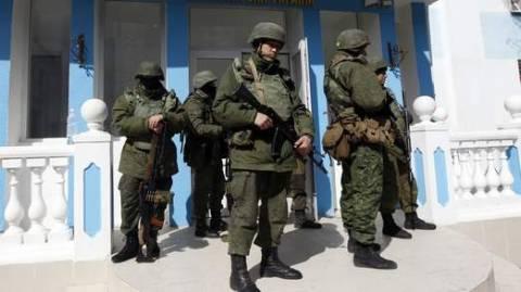 Το Κίεβο θεσπίζει βίζες για τους Ρώσους υπηκόους για αντίποινα
