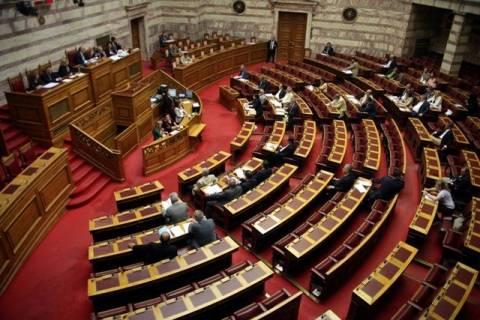 Σε ένα νομοσχέδιο όλα τα μέτρα που συμφωνήθηκαν με την τρόικα