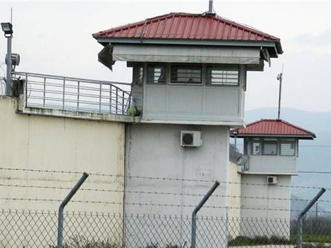 Δικηγορικό γραφείο προέτρεπε κρατούμενους σε εξέγερση
