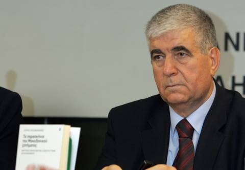 Κουζινόπουλος: «Ναι» στην απομάκρυνση των κεραιών