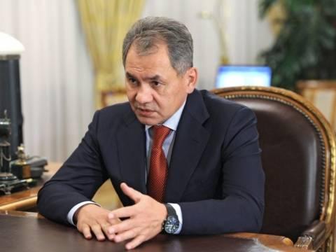 Στην Κριμαία ο ρώσος υπουργός Άμυνας