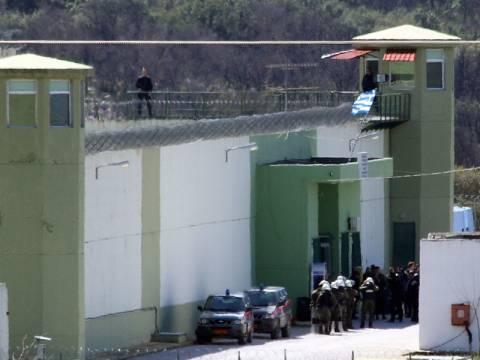 Ισοβίτης δολοφόνησε σωφρονιστικό υπάλληλο στις φυλακές Μαλανδρίνου