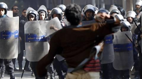 Αίγυπτος: Χρήση δακρυγόνων σε διαδηλωτές