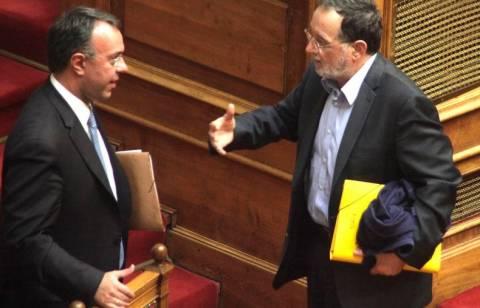 Αντιπαράθεση για το πλεόνασμα στη Βουλή