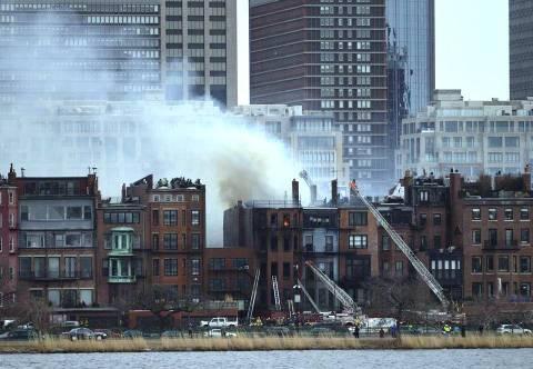 ΗΠΑ: Νεκροί δύο πυροσβέστες από την πυρκαγιά στη Βοστώνη