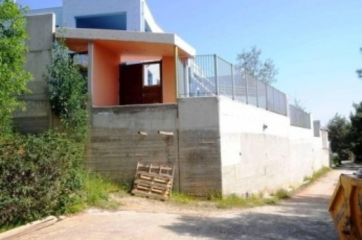 Χαϊδάρι: Έφτιαξαν νηπιαγωγείο τρία μέτρα πάνω από το έδαφος!