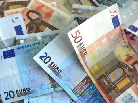 Ακατάσχετο όριο 1.500 ευρώ για μισθούς και συντάξεις