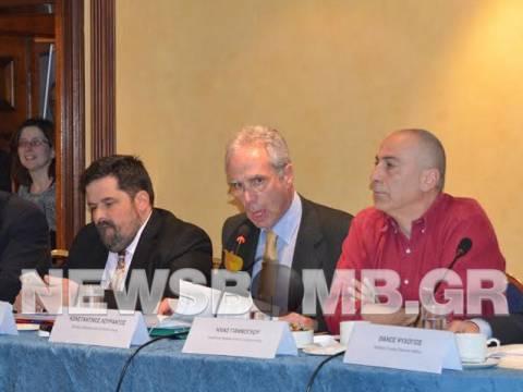 Κ. Λουράντος: Τα 11.000 φαρμακεία θα είναι ο τάφος σας (vid)