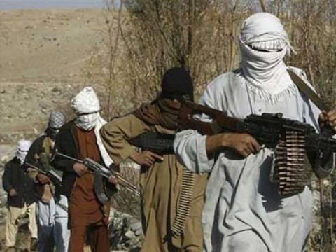 Οι Ταλιμπάν επιτίθενται στην έδρα της εκλογικής επιτροπής στην Καμπούλ