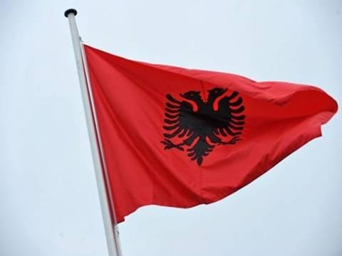 Το ΥΠΕΞ των Τιράνων για το θάνατο του Αλβανού βαρυποινίτη