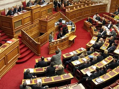 Αλαλούμ στη Βουλή μετά την πρόταση δυσπιστίας του Τσίπρα