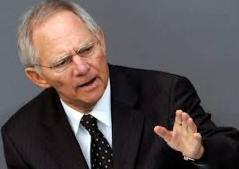 Σόιμπλε: Η Ελλάδα δεν απειλεί πλέον το ευρώ