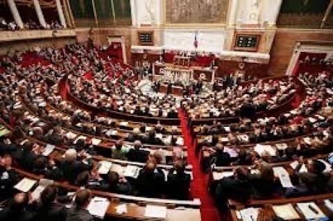 Νέο σκάνδαλο στη Γαλλία - Πλαστή δήλωση κληρονομιάς από υπουργό!