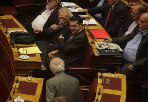 Διαφωνίες στη Βουλή για την πρόταση μομφής κατά του προεδρείου