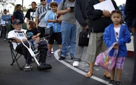 Εκατομμύρια στις ουρές για μια θέση στο Obamacare