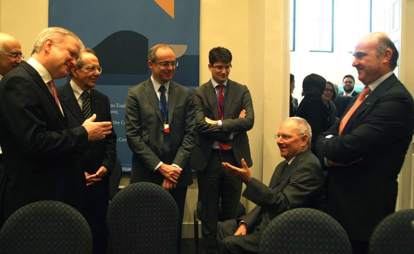 Eurogroup: Με θετικές δηλώσεις ξεκίνησε η συνεδρίαση στο Ζάππειο (vid)