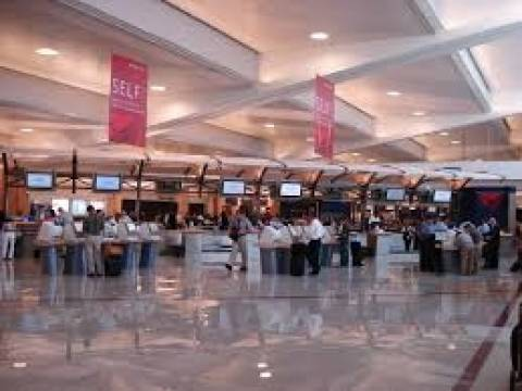 Ποιο είναι το αεροδρόμιο με την περισσότερη κίνηση για το 2013;