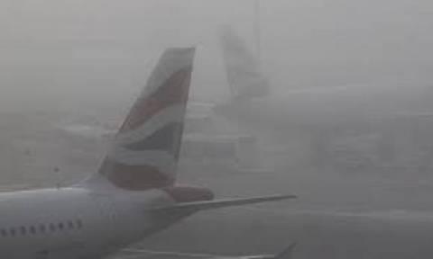 Flights cancellation at Heathrow due to fog