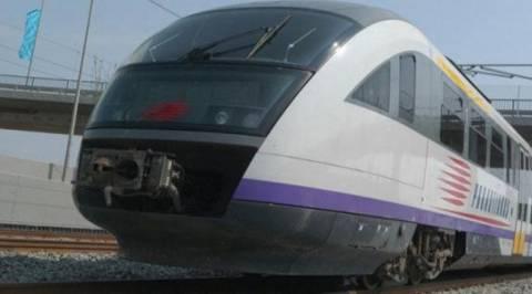 Με κινητοποιήσεις προειδοποιούν οι σιδηροδρομικοί