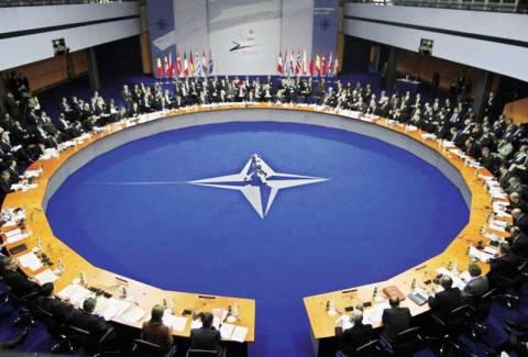 Ρωσία: Προειδοποιεί την Ουκρανία για ΝΑΤΟ