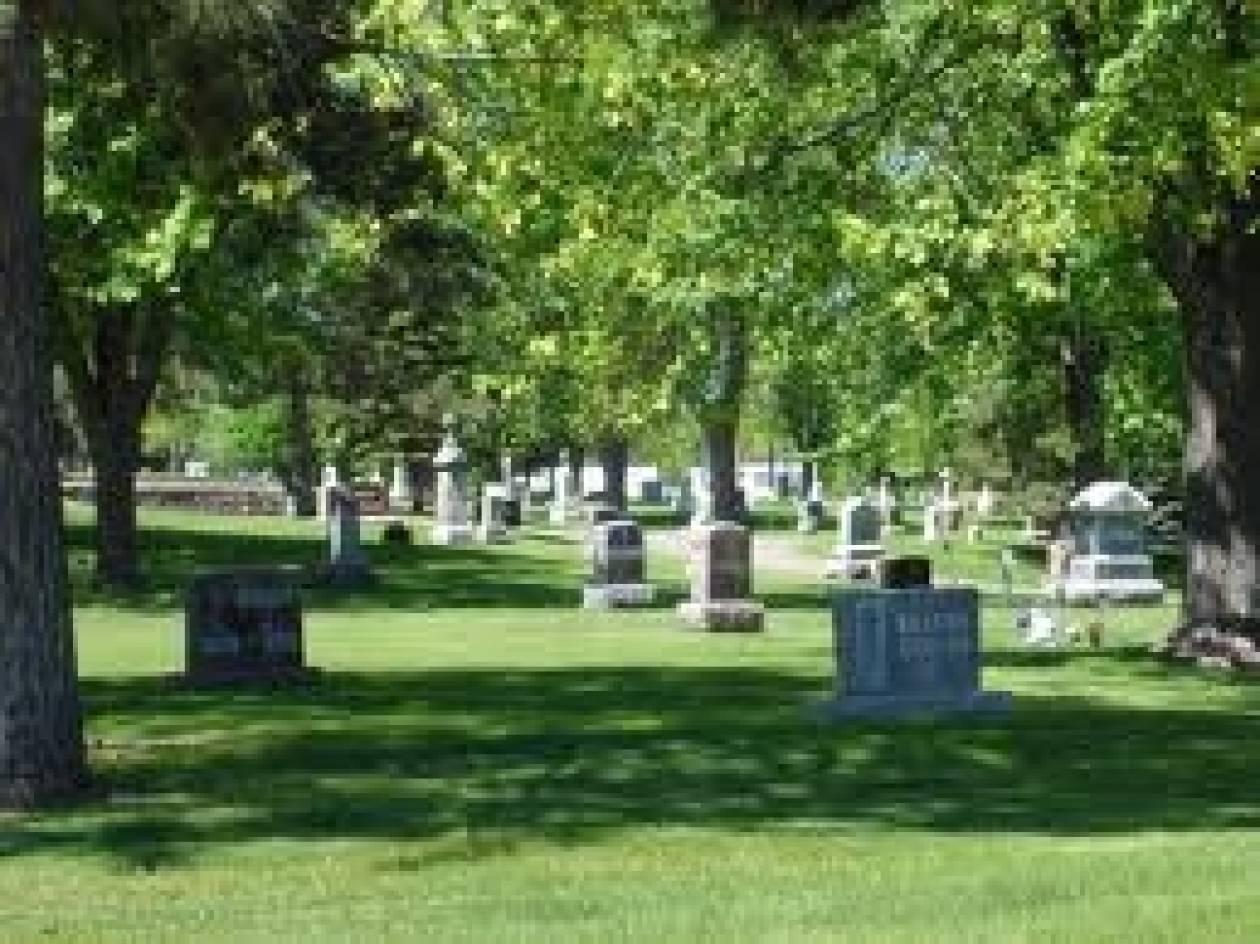 Σε αυτό το νεκροταφείο θάβουν μόνο...
