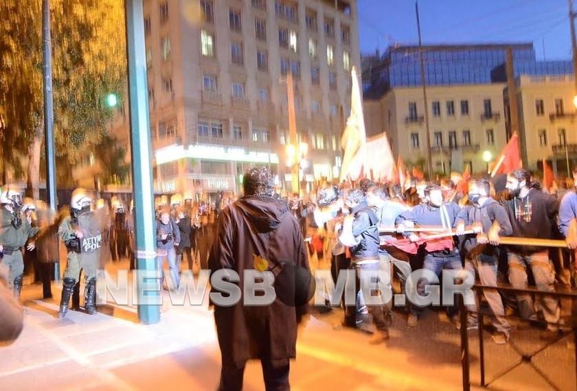Ένταση στο κέντρο της Αθήνας (pics)