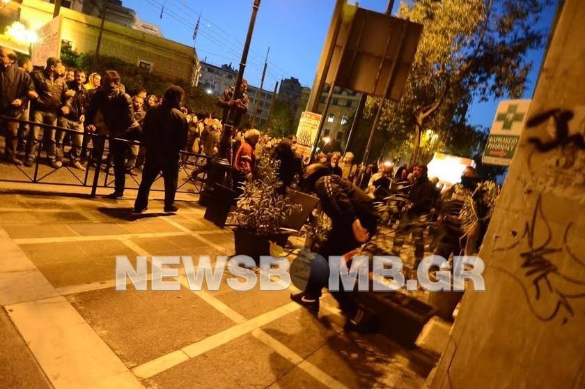 Ολοκληρώθηκαν τα συλλαλητήρια στο κέντρο της Αθήνας (pics)