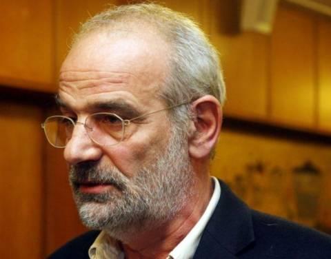 Αλαβάνος: Ο ΣΥΡΙΖΑ δεν πείθει – Πρέπει να βγούμε από το ευρώ