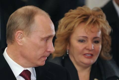 Песков: развод президента Путина официально состоялся