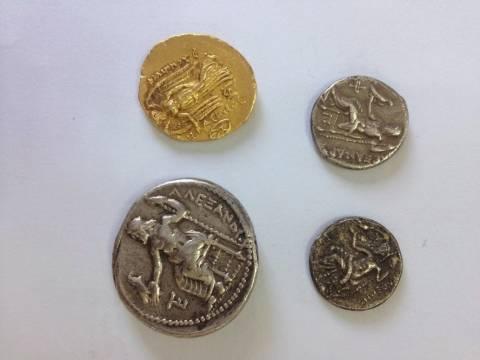 Θήβα: Βρέθηκαν αρχαία νομίσματα ανυπολόγιστης αξίας!