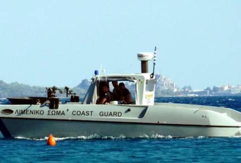 Μύκονος: Μεταφορά σωτηρίας για 52χρονο με σκάφος του Λιμενικού