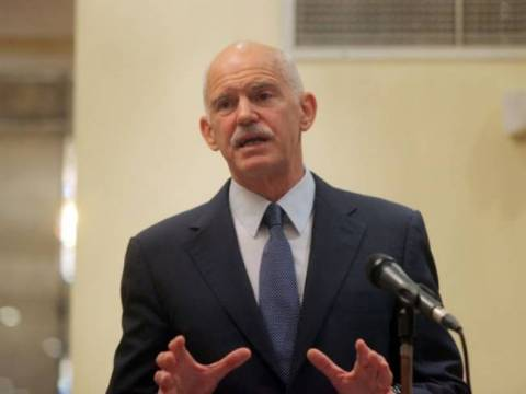 Papandreou insists that PASOK must leave the government