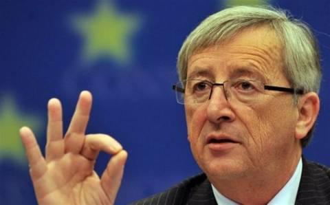 Γιούνκερ: Όχι άλλος χρόνος στη Γαλλία για το έλλειμμα