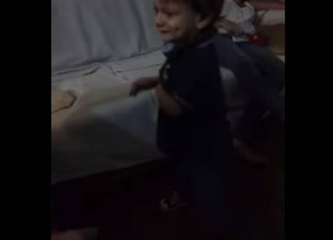 Απίστευτο βίντεο: 2 ετών αγοράκι ξέρει όλες τις πρωτεύουσες του κόσμου