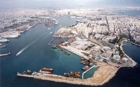 Πειραιάς: Διαδήλωσαν κατά της ιδιωτικοποίησης των λιμανιών