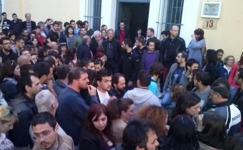 23 μήνες φυλάκιση για τους απεργούς της «Ελληνικής Χαλυβουργίας»