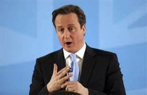 Βρετανία: Περιορισμοί στα επιδόματα των μεταναστών