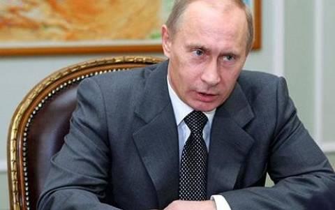 Πολίτες ζητούν από τον Πούτιν «πιο ενεργή» εμπλοκή στην Ουκρανία