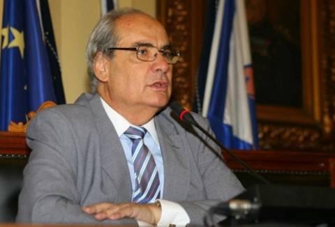 Στην αντεπίθεση ο Β. Μιχαλολιάκος για τον Δήμο Πειραιά