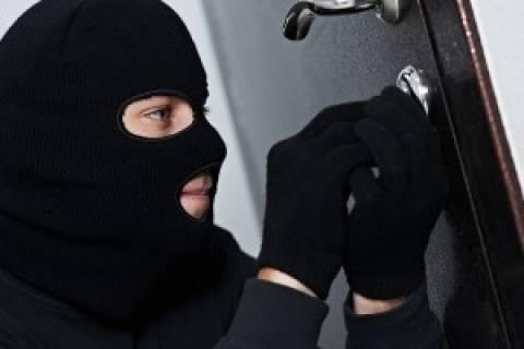 Ρόδος: Μπήκαν στο σπίτι και έκλεψαν τα χρυσαφικά