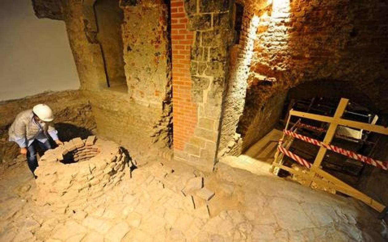 Στο φως αρχαία «κρυφή πόρτα» στη Φλωρεντία