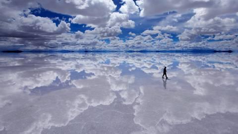 Δεν είναι photoshop αλλά ο μεγαλύτερος «καθρέπτης» της Γης! (video)