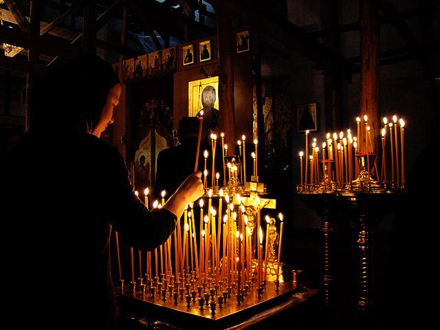 πιστή γυναίκα κεριά