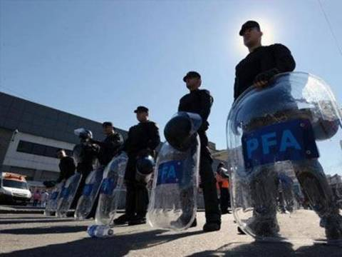 Αργεντινή: Δεκάδες κατασχέσεις όπλων και συλλήψεις στο Μπουένος Άιρες