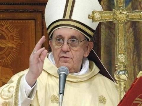 Ο Πάπας Φραγκίσκος καλεί τους πιστούς να μεταφέρουν την πίστη