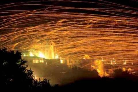 Χίος: 100.000 ρουκέτες έκαναν τη νύχτα, μέρα στο Βροντάδο