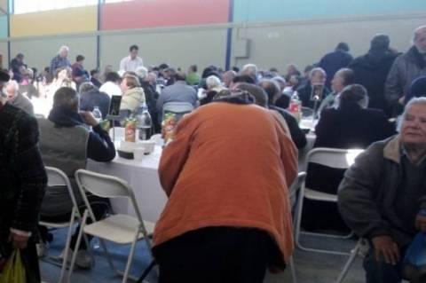 Πασχαλινό τραπέζι από την Αρχιεπισκοπή